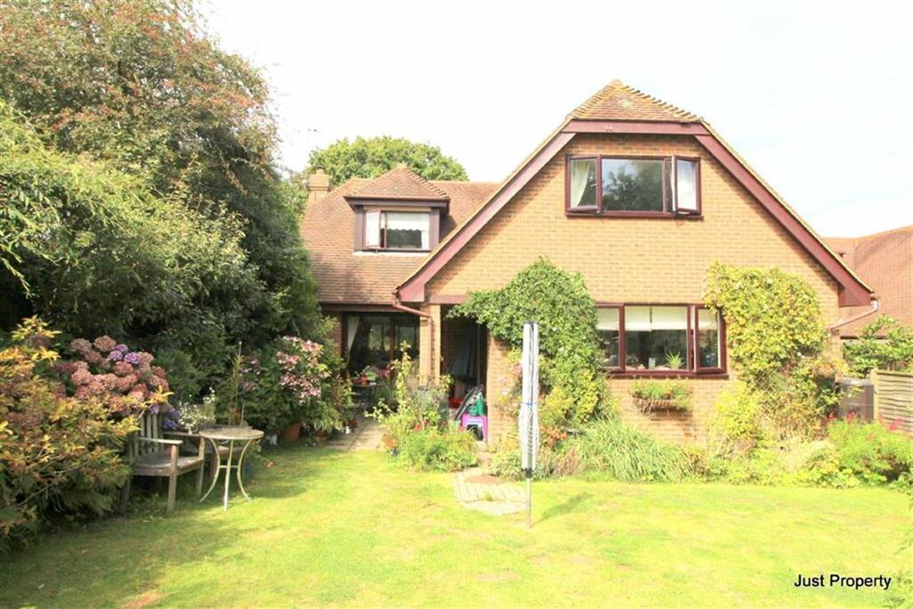 4 Bedrooms Detached House for sale in Battery Hill, Fairlight