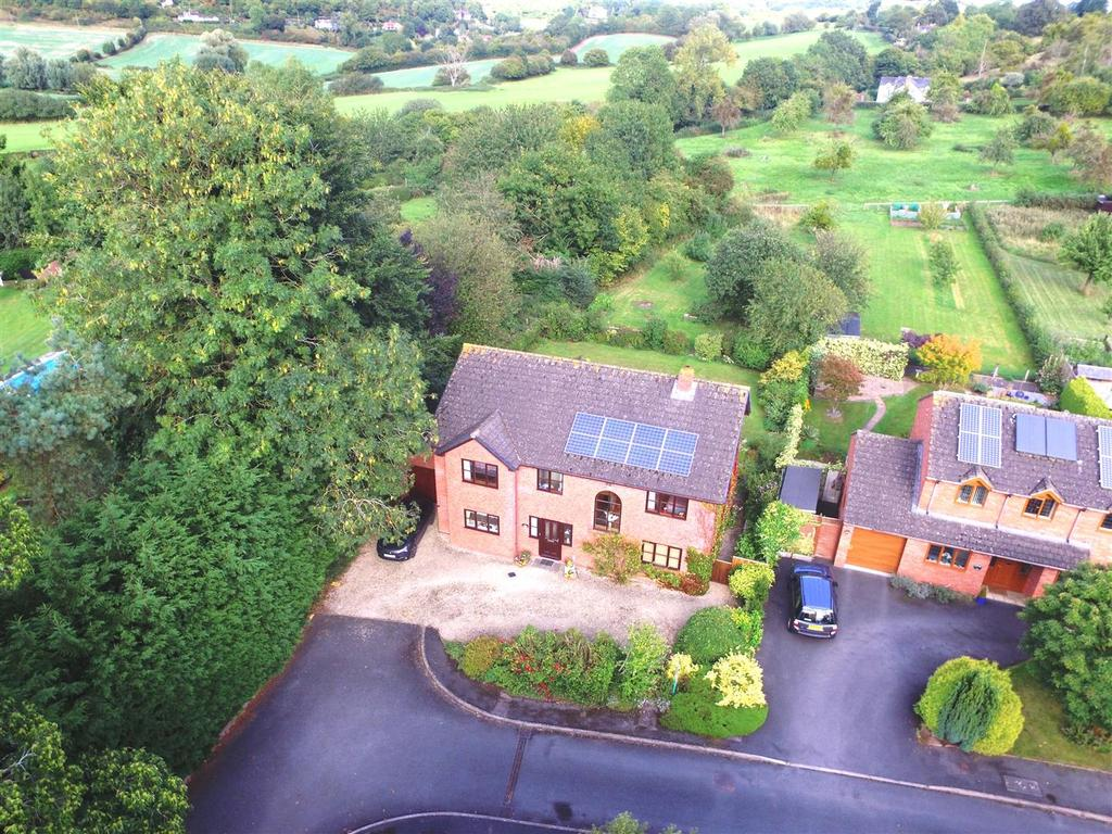 4 Bedrooms Detached House for sale in Ringfield Drive, Fownhope, Hereford