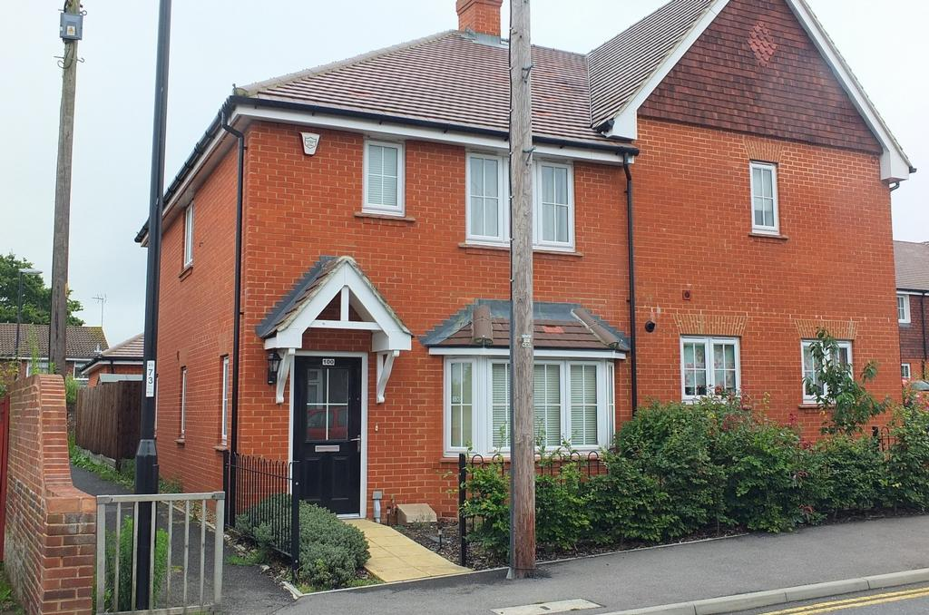 3 Bedrooms House for sale in London Road, Burgess Hill, RH15