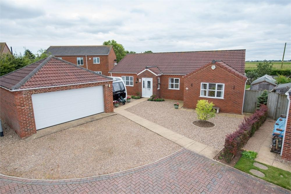 4 Bedrooms Detached Bungalow for sale in Park View, Frithville, Boston, Lincolnshire