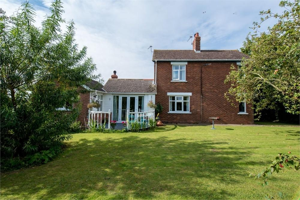 3 Bedrooms Detached House for sale in Bull Drove, Wrangle, Boston, Lincolnshire