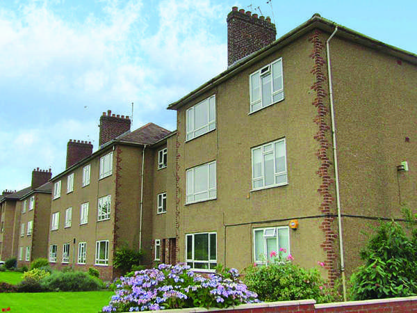 2 Bedrooms Flat for sale in 14 Meldrum Gardens (2/1), Pollokshields, Glasgow, G41 4EA