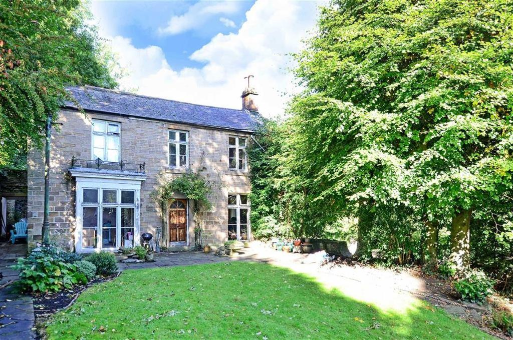 5 Bedrooms Detached House for sale in Bank House, 144, Chesterfield Road, Dronfield, Derbyshire, S18