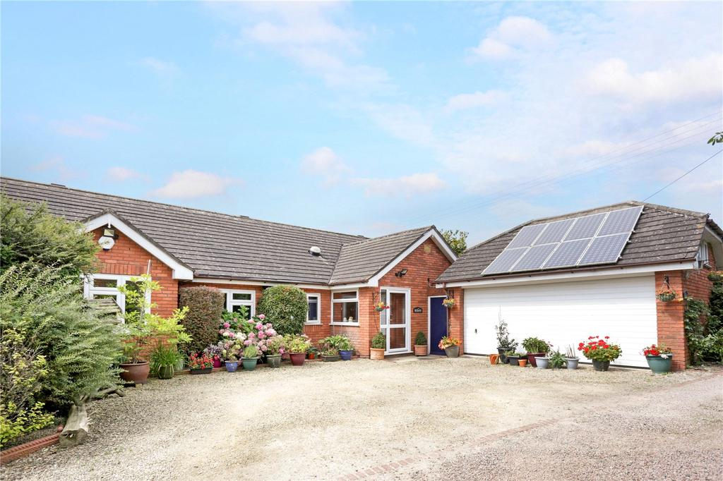 5 Bedrooms Detached Bungalow for sale in Worcester, Worcestershire