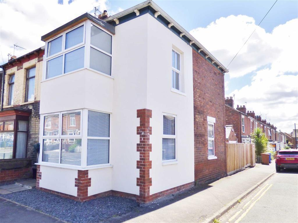3 Bedrooms Semi Detached House for sale in Holme Church Lane, Beverley