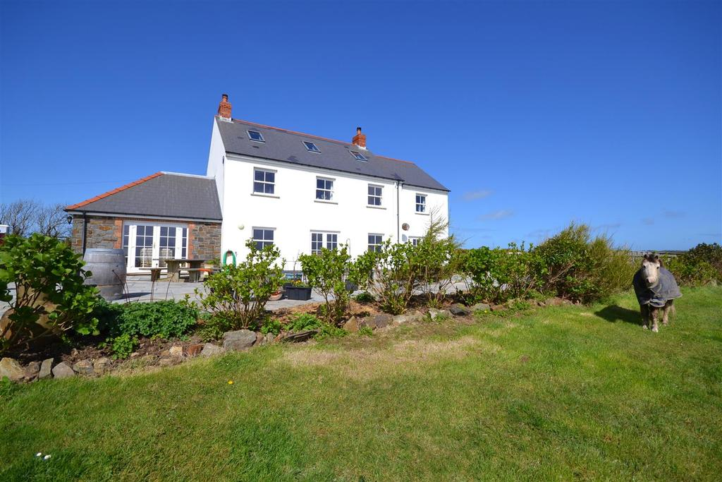 6 Bedrooms Land Commercial for sale in Simpson Cross, Pembrokeshire