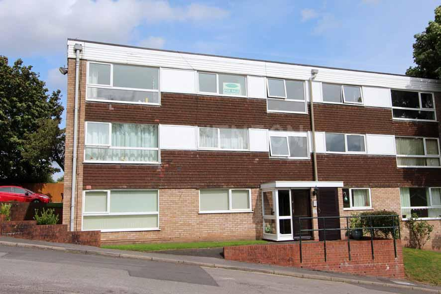 2 Bedrooms Apartment Flat for sale in High Meadows, Compton, Wolverhampton, WV6