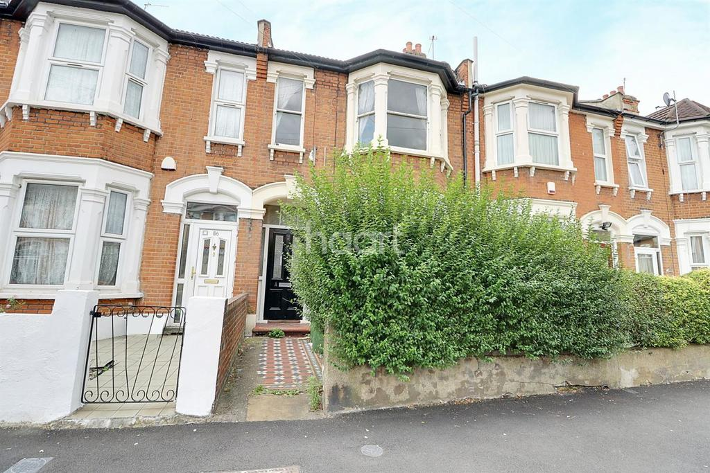 2 Bedrooms Flat for sale in Gladstone Avenue, Manor Park