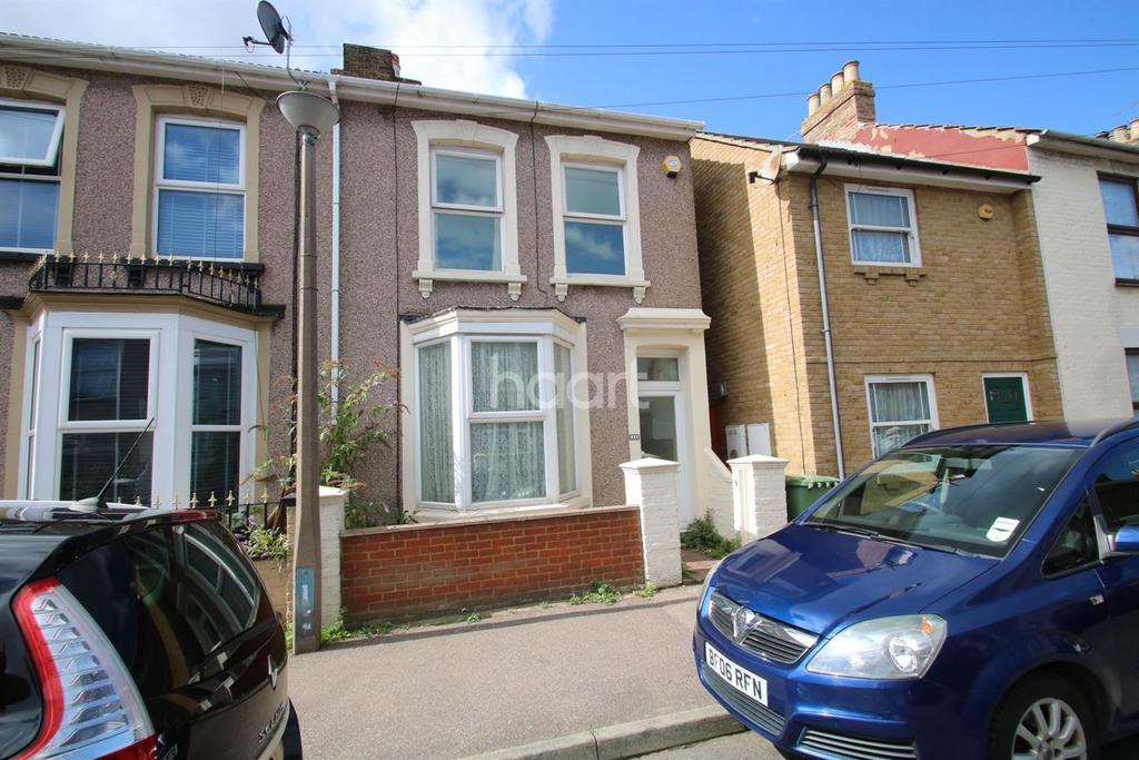 4 Bedrooms End Of Terrace House for sale in Winstanley road, Sheerness