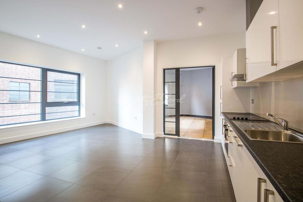 2 Bedrooms Flat for sale in Wick Tower, Woolwich