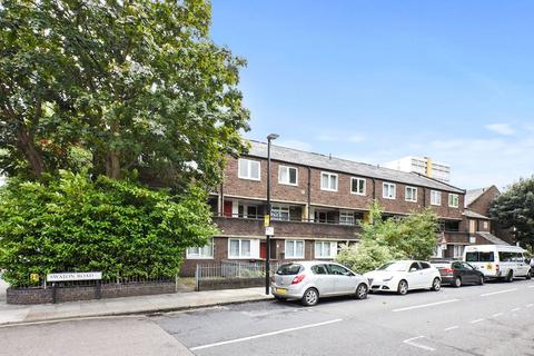 3 bedroom apartment to rent - Swaton Road, Bow, E3