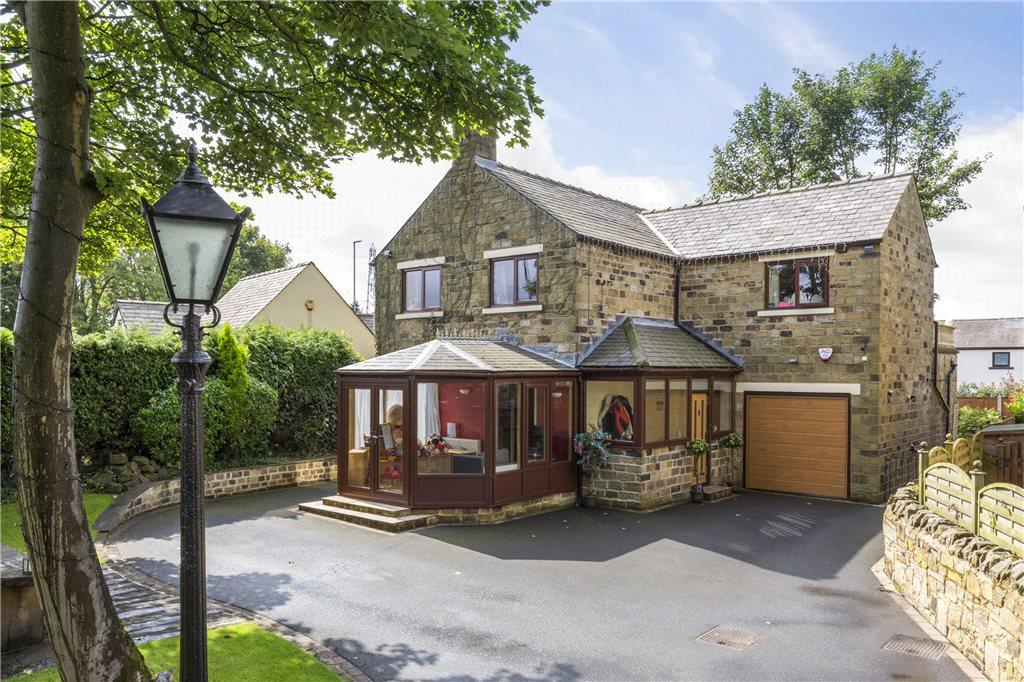 4 Bedrooms Detached House for sale in Back Lane, New Farnley, Leeds