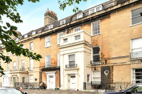 2 bedroom flat for sale - Queens Parade, Bath, BA1