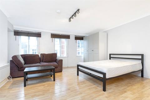 Studio to rent - Frith Street, Soho, London, W1D