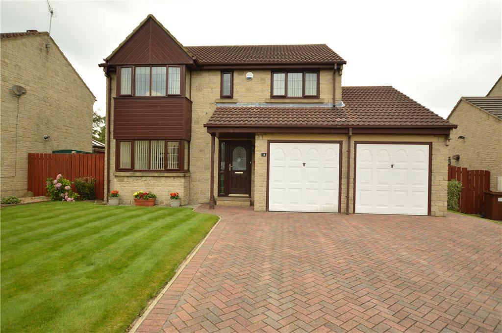 4 Bedrooms Detached House for sale in Manor Close, Drighlington, Bradford