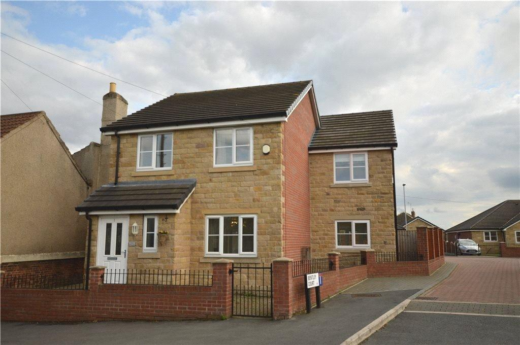 4 Bedrooms Detached House for sale in Bentley Court, Woodlesford, Leeds