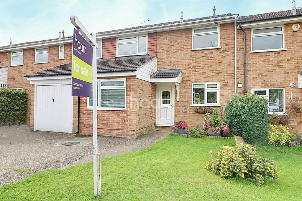 3 Bedrooms Terraced House for sale in Cox Green, Maidenhead.