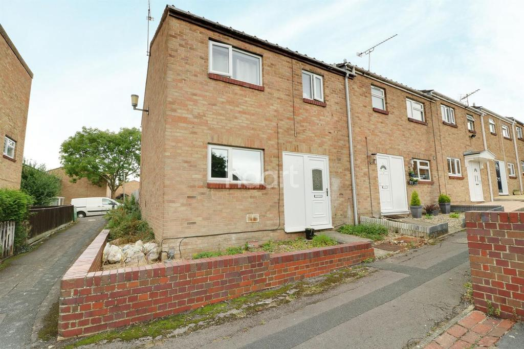 3 Bedrooms End Of Terrace House for sale in Warneford Close, Swindon, SN5 8AL