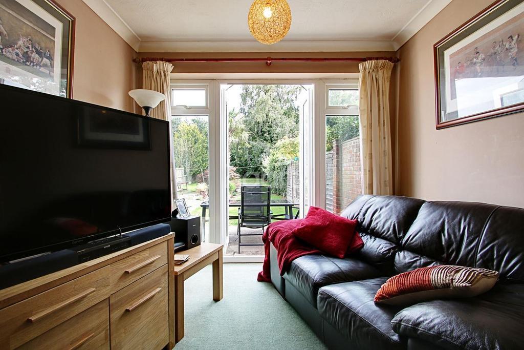 3 Bedrooms Bungalow for sale in Maltings road, Brightlingsea, CO7
