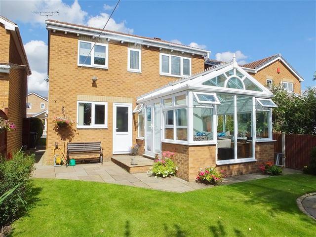 4 Bedrooms Detached House for sale in Broadbridge Close , Kiverton Park, Sheffield , S26 6SN