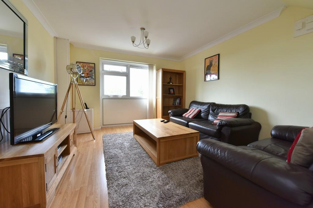 2 Bedrooms Apartment Flat for sale in Harsnips, Skelmersdale