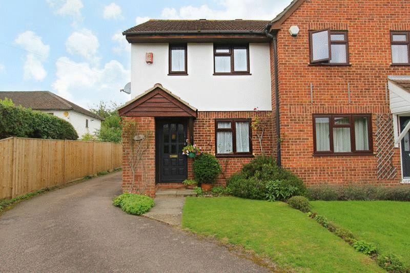 2 Bedrooms Semi Detached House for sale in Godstone Hill, Godstone