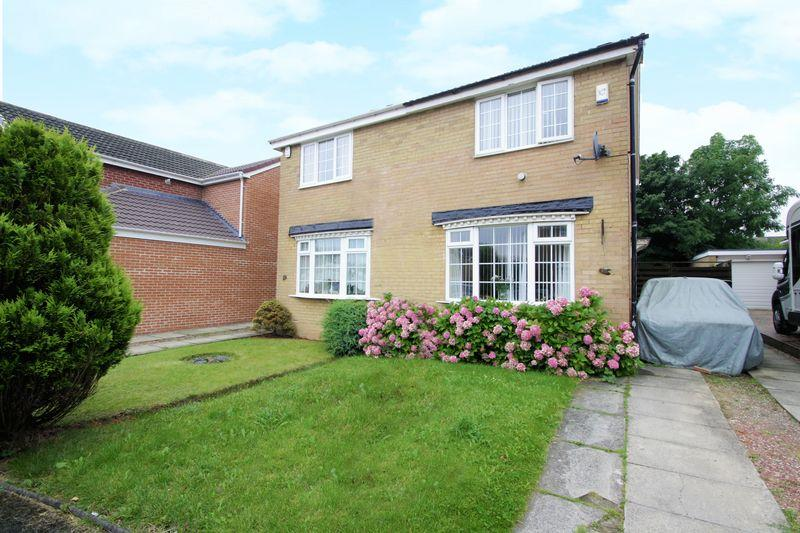 2 Bedrooms Semi Detached House for sale in Norwood Close, Elm Tree, Stockton, TS19 0UP