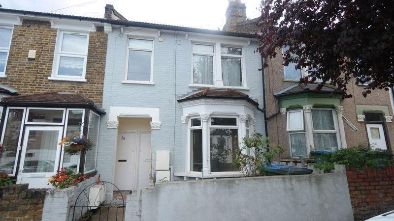 3 Bedrooms Apartment Flat for sale in Dupree Road, Charlton, SE7 7RR