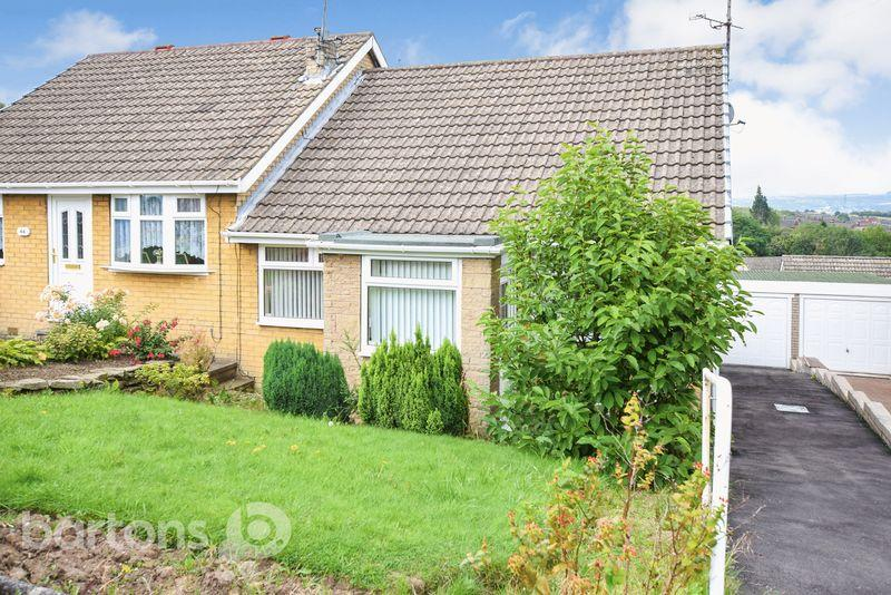 2 Bedrooms Semi Detached Bungalow for sale in Benton Way, Kimberworth