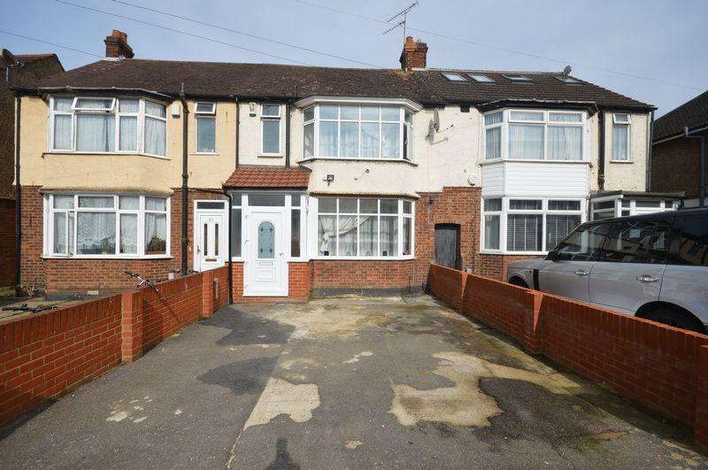 3 Bedrooms Terraced House for sale in Wordsworth Road, Luton