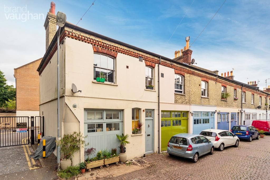 3 Bedrooms Mews House for sale in Cambridge Grove, Hove, BN3