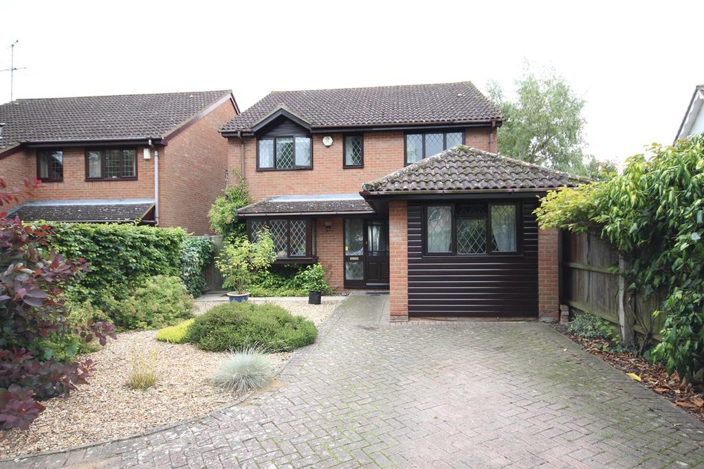 4 Bedrooms Detached House for sale in Manor Road, Barton Le Clay, MK45