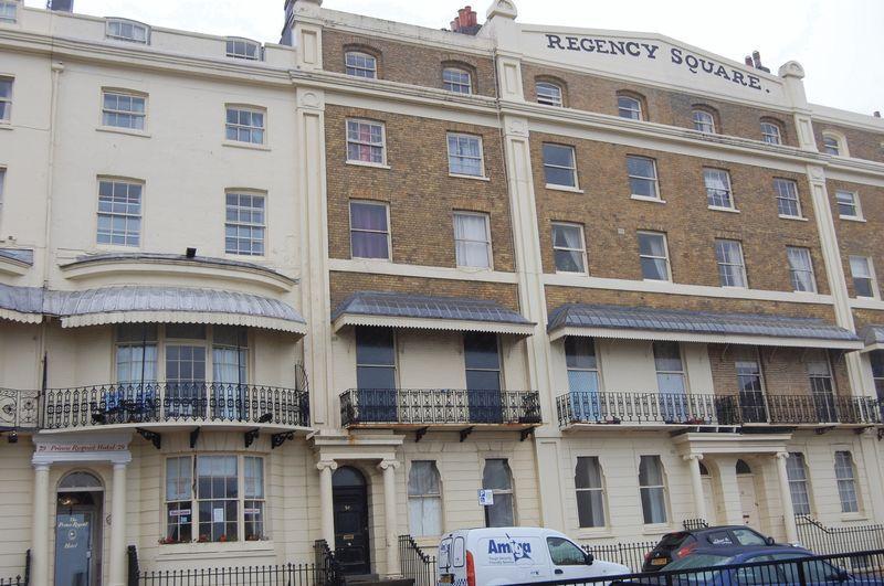 1 Bedroom Flat for sale in Regency Square, Brighton