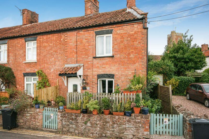 1 Bedroom End Of Terrace House for sale in CHARACTER COTTAGE in Brook Street, Cannington