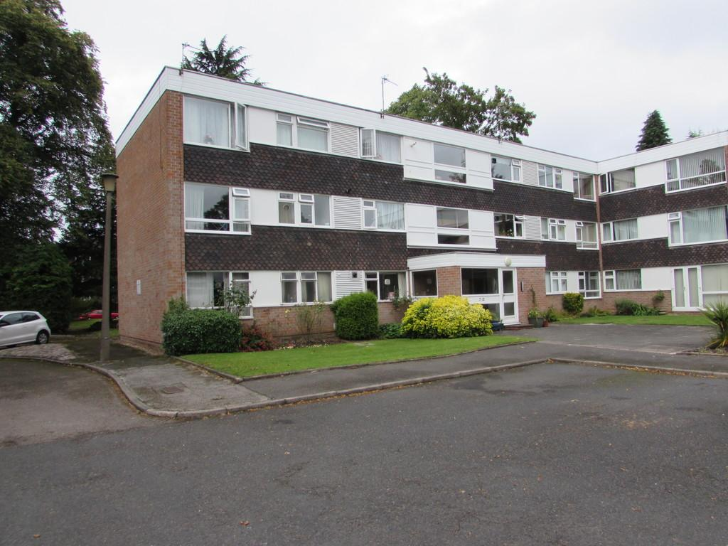 2 Bedrooms Apartment Flat for sale in Keresley Close, Solihull