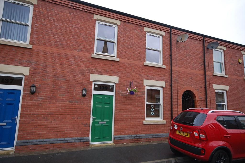 2 Bedrooms Terraced House for sale in Chapel Street, St. Helens