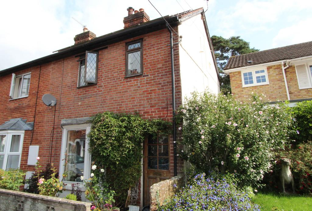 3 Bedrooms End Of Terrace House for sale in Madeline Road, Petersfield