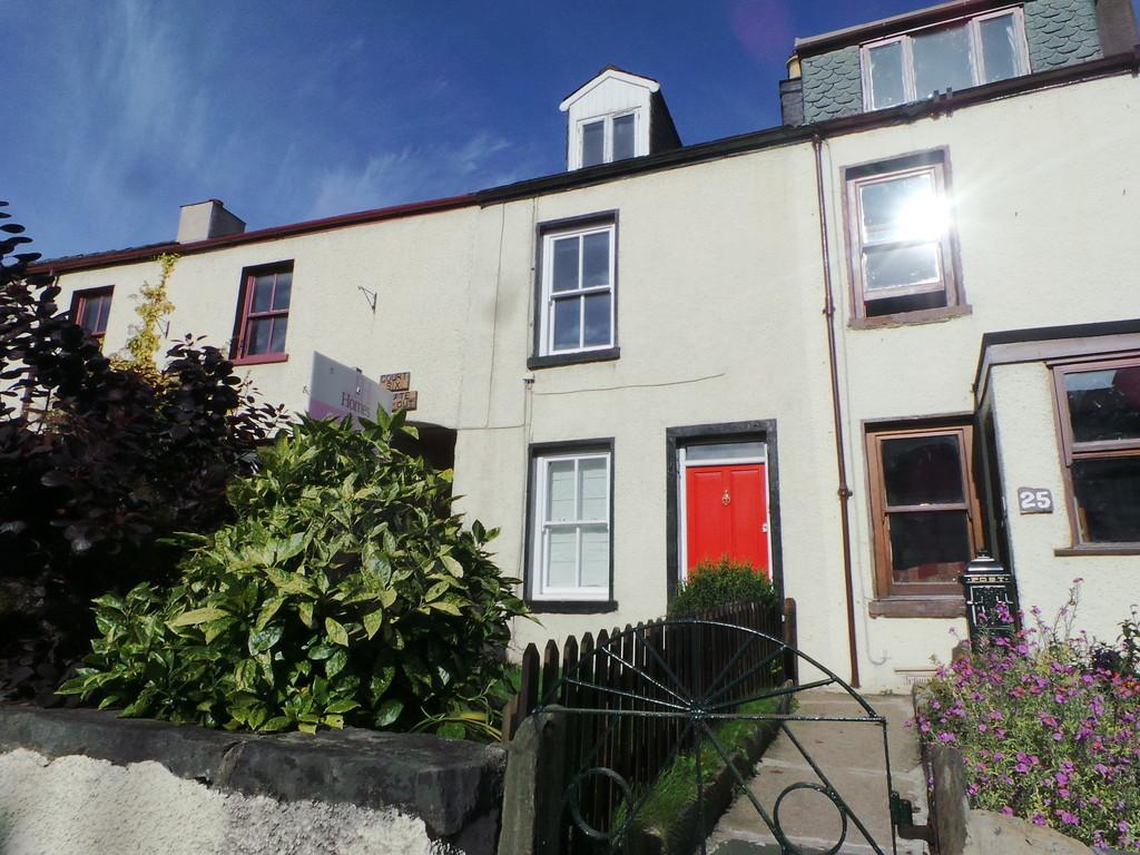 2 Bedrooms Cottage House for sale in Market Street, Dalton-in-Furness