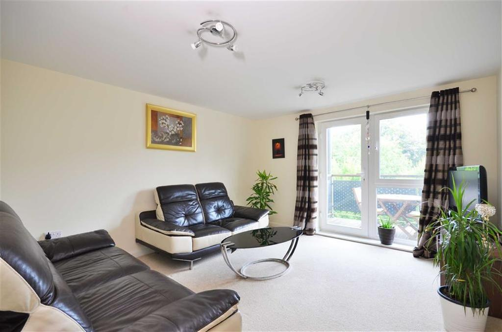 2 Bedrooms Apartment Flat for sale in Westmount Apartments, Watford, Hertfordshire
