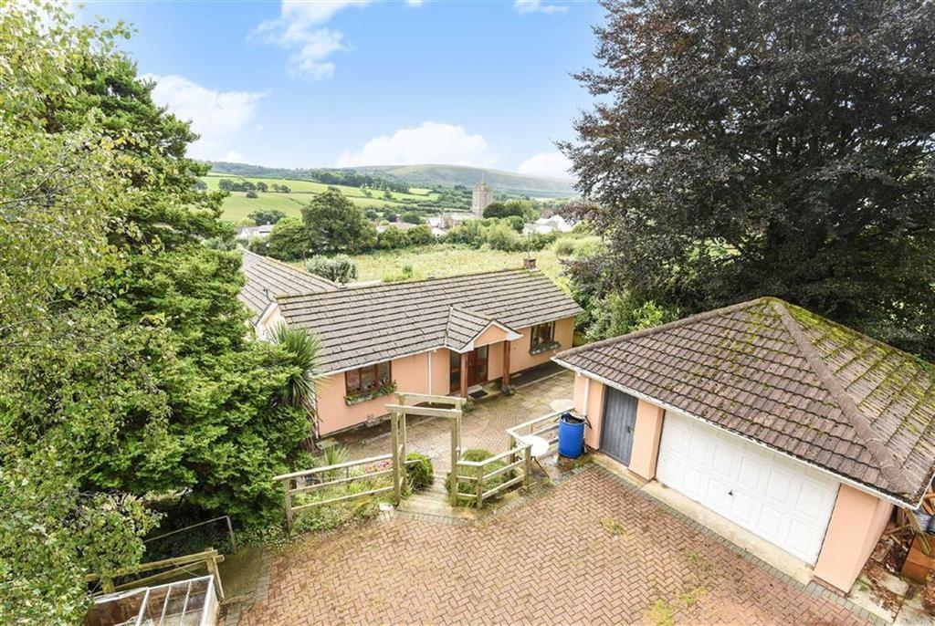 3 Bedrooms Bungalow for sale in Vicarage Road, Landkey, Barnstaple, Devon, EX32
