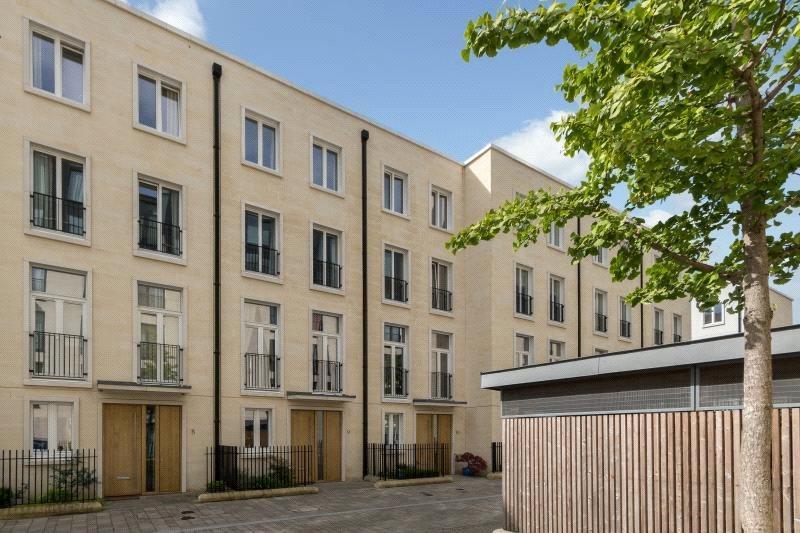 3 Bedrooms Terraced House for sale in Longmead Terrace, Bath, BA2