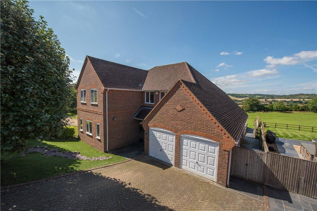 5 Bedrooms Detached House for sale in Woodbank, Loosley Row, Princes Risborough, Buckinghamshire