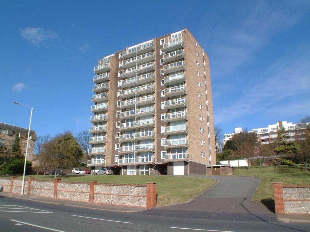 2 Bedrooms Apartment Flat for sale in Upperton Road, Eastbourne BN21