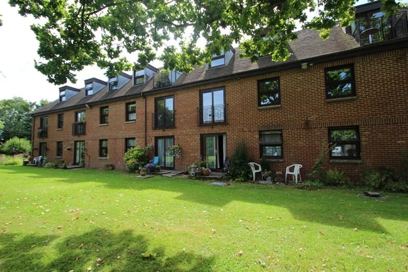 1 Bedroom Retirement Property for sale in Delves Close, Ringmer, Lewes