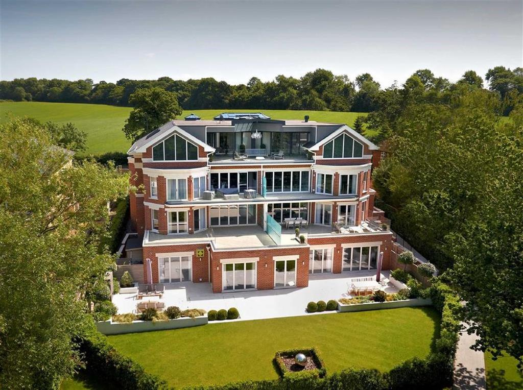 3 Bedrooms Apartment Flat for sale in Miram House, Hadley Wood, Hertfordshire