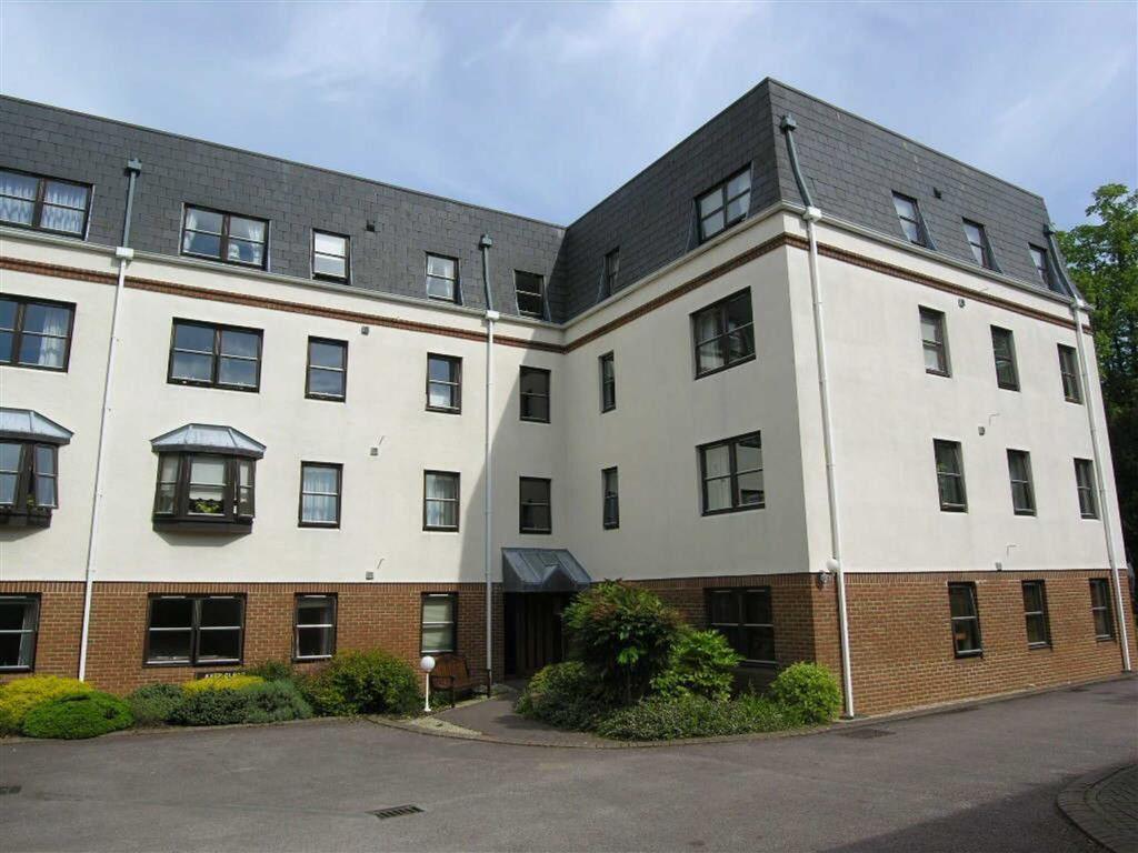 1 Bedroom Retirement Property for sale in Moorend Park Road, Leckhampton, Cheltenham, GL53