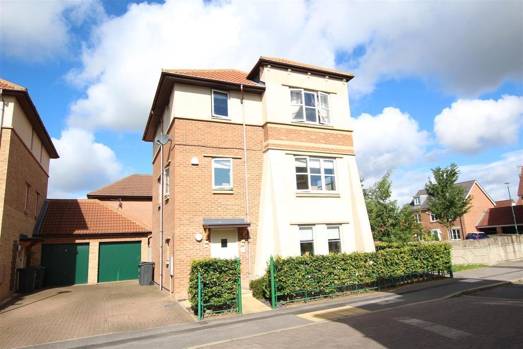 4 Bedrooms Detached House for sale in Sans Pareil Square, Darlington