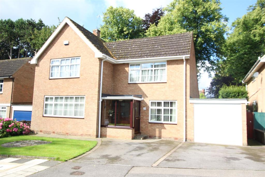4 Bedrooms Detached House for sale in Greencroft Close, Darlington