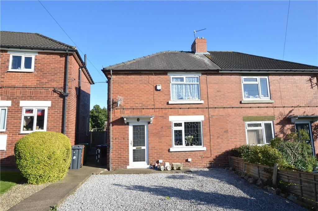 4 Bedrooms Semi Detached House for sale in Gibson Lane, Kippax, Leeds, West Yorkshire