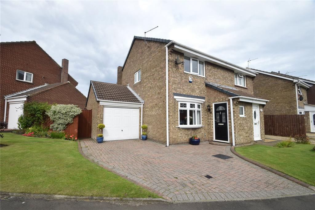 2 Bedrooms Semi Detached House for sale in Escallond Drive, Seaham, Co. Durham, SR7